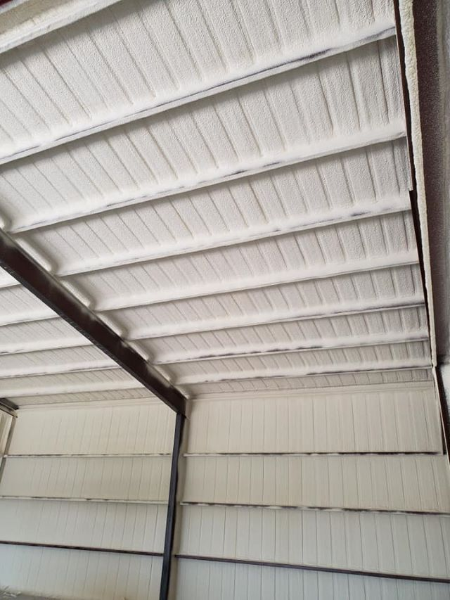 Metal Building Commercial Spray Foam Insulation Illinois