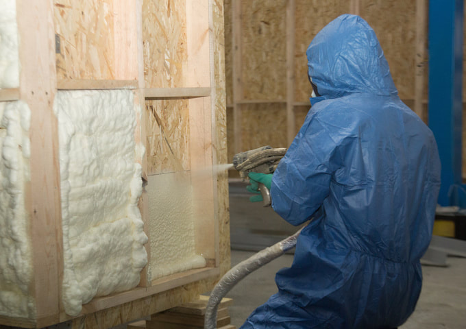 spray foam insulation joliet il technician